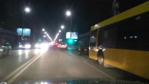 Автобус врезался в «99-ю» в Ленинском районе