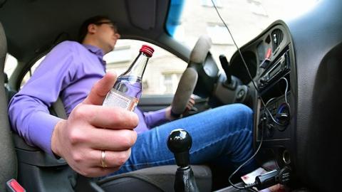 ООН: россияне попадают в аварии из-за пьянства и телефонов