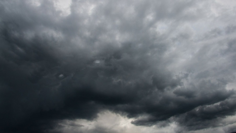 Синоптики обещают мокрый снег, пасмурное небо и туманы
