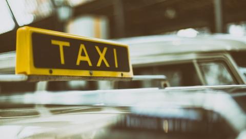 Таксист рассказал о мошенниках в аэропорту «Гагарин»