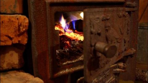 В Петровске девушка умерла от отравления угарным газом
