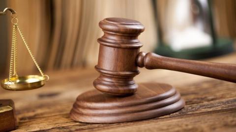 Суд не стал сажать добровольно отдавшего наркотики юношу