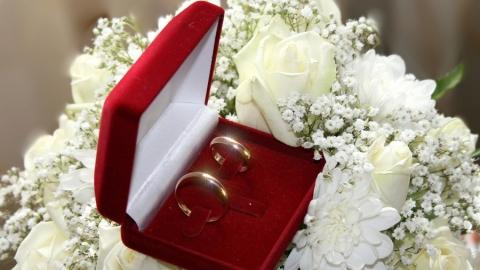 Саратовцы смогут пожениться ночью в театральной атмосфере