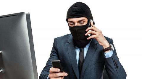 В Саратовской области активизировались телефонные аферисты