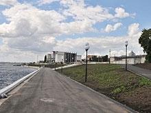 Прокопенко поручил разобраться с освещением и автомобилями на новой набережной