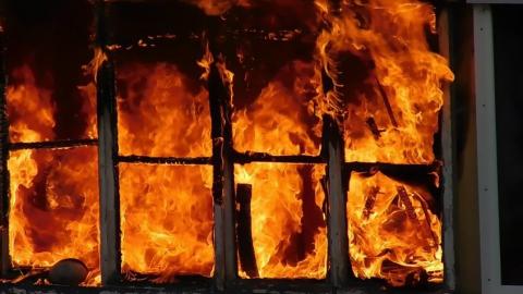 Энгельсская квартира сгорела из-за непотушенной сигареты