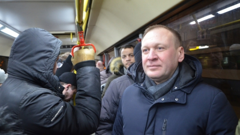Горожане жалуются не на давку в трамваях, а на отсутствие в них терминалов