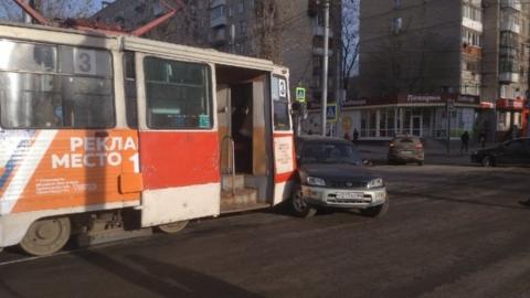 В Саратове встали трамваи четырех маршрутов