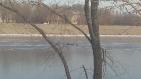 Балаковец хотел срезать путь и провалился под лед