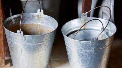 В Саратове две аварии: жители сидят без воды