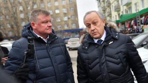 Валерий Радаев раскритиковал Михаила Исаева за отсутствие парковки у вокзала