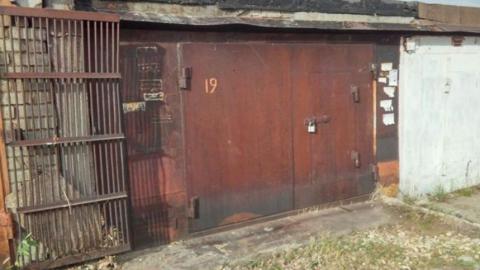В балаковских гаражах нашли тело