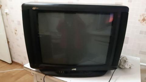 Алиментщик потерял в Энгельсе холодильник и телевизор