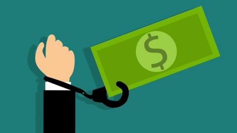 Доносы остаются основным источником информации о коррупционерах