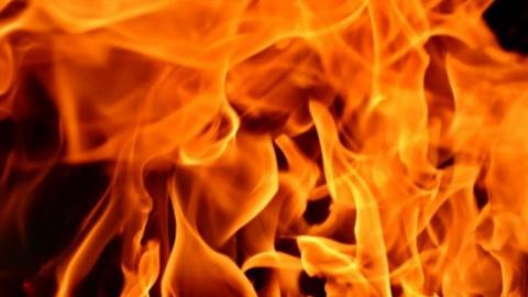 Мужчина обгорел на пожаре в Вольске