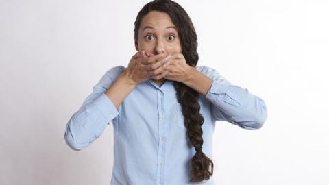 Жительницу Балашова наказали за острый язык