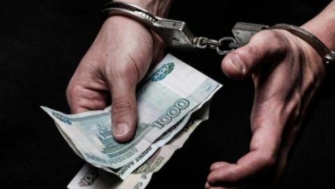 Житель Хвалынска наказан за взятку в 1,75 тысячи рублей