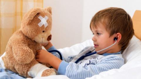 Прокуратура заставила выдать мальчику спасительное лекарство