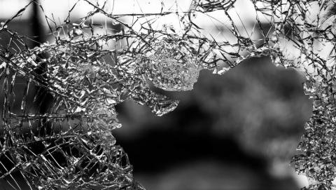 Грузовик сбил 78-летнюю женщину в центре Саратова