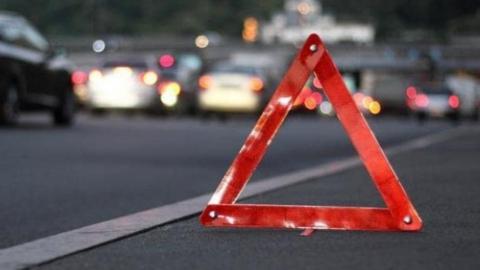 Пьяный водитель на иномарке разбил «Приору»