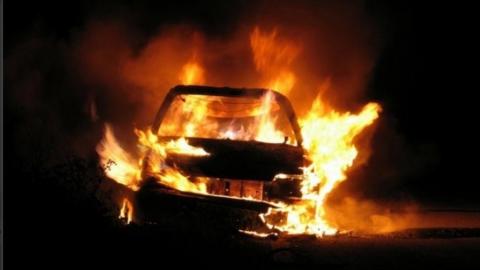 В Волжском районе сгорели две машины