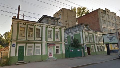 Центр Саратова может быть обезображен новой «свечкой»