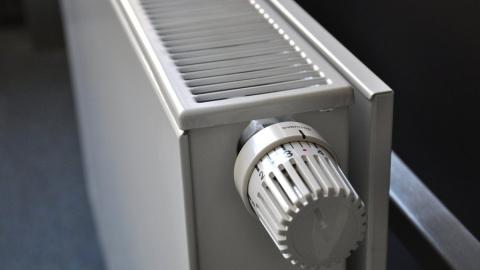 Энергетики ведут восстановление теплосети на Орджоникидзе в Саратове