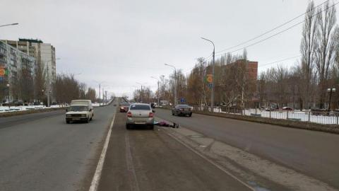 Переходившая дорогу в неположенном месте пенсионерка погибла в Балакове