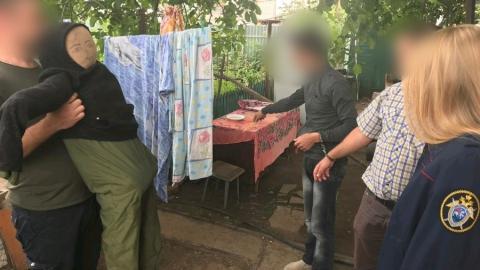 24-летний постоялец зарезал брата хозяйки дома | 18+