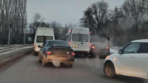 «ГАЗель» столкнулась с иномаркой в Ленинском районе