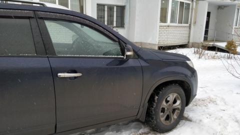 У неплательщицы из Волжского района отобрали иномарку