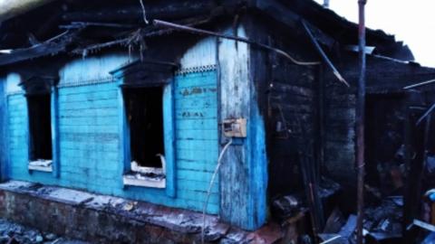 Мужчина погиб на пожаре, спасая соседку