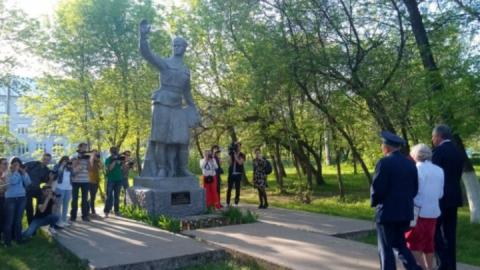 Саратовцы просят отдать им старый энгельсский памятник