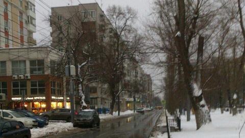 Троллейбус заблокировал движение в центре Саратова