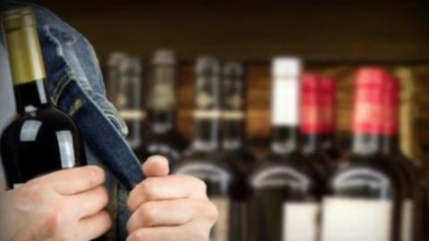 18-летний юноша вломился в магазин ради алкоголя