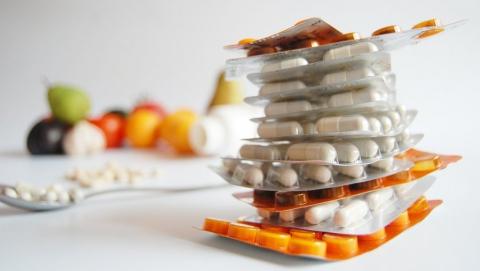 Цены в аптеках зафиксируют