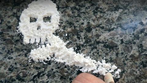 Наркоманы стали совершать преступления в два раза реже