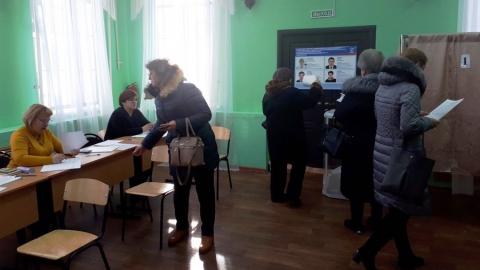 К полудню больше тысячи саратовцев поучаствовали в предварительном голосовании «Единой России»
