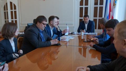 Энергетики обсудили с представителями УК наладку внутридомового оборудования