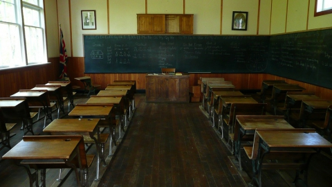 Саратовские дети вновь выйдут на учебу