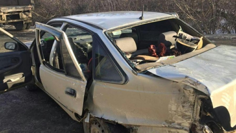 Три человека пострадали при столкновении МАЗа с иномаркой