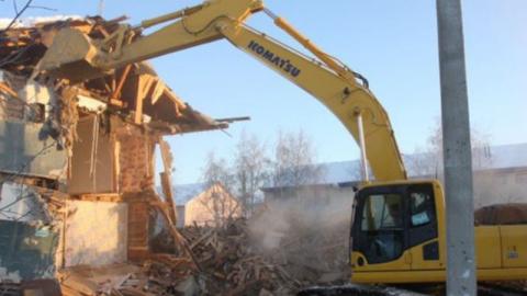 В Елшанке снесут семь аварийных домов