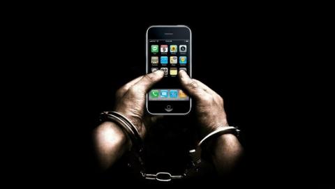 Саратовец украл 20 телефонов средь бела дня