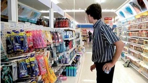 Два 15-летних подростка разгромили торговый терминал в Энгельсе