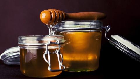 Саратовцы могут купить мед на ярмарке
