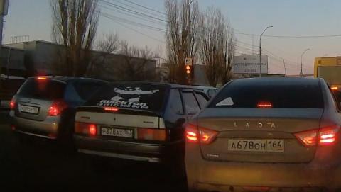 Самарский автохам создал опасную ситуацию на шоссе | Видео