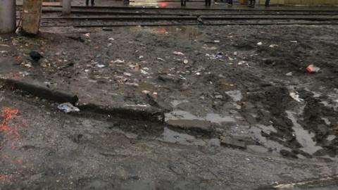 «Саратовский дизайн-код»: горожане жалуются на грязные ямы