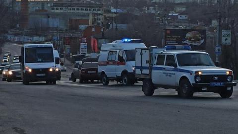 Четыре машины столкнулись на трамвайных путях