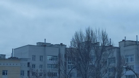 Небо заволокло тучами