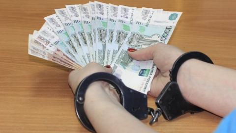Пьяный мужчина предлагал полицейскому 500 рублей